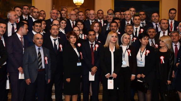 Parliament Speaker Kahraman receives Minister Avcı and teachers coming from 81 provinces